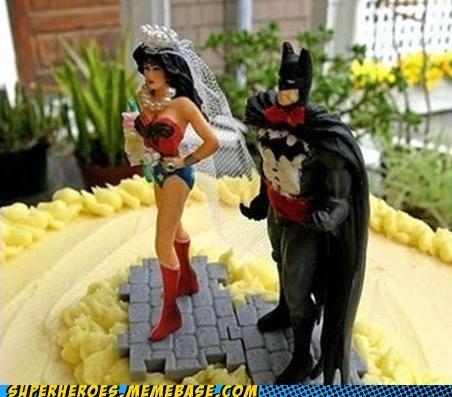 batman Random Heroics wedding cake wonder woman - 5040140288