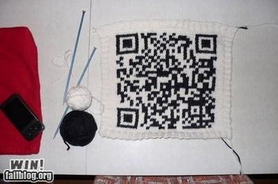 crafts DIY knitting nerdgasm QR code stitch
