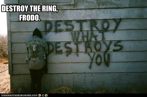 destroy,emolulz,frodo,Lord of the Rings,wall