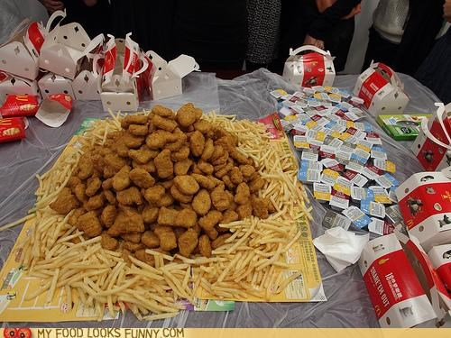bird,chicken,chicken nuggets,fries,McDonald's