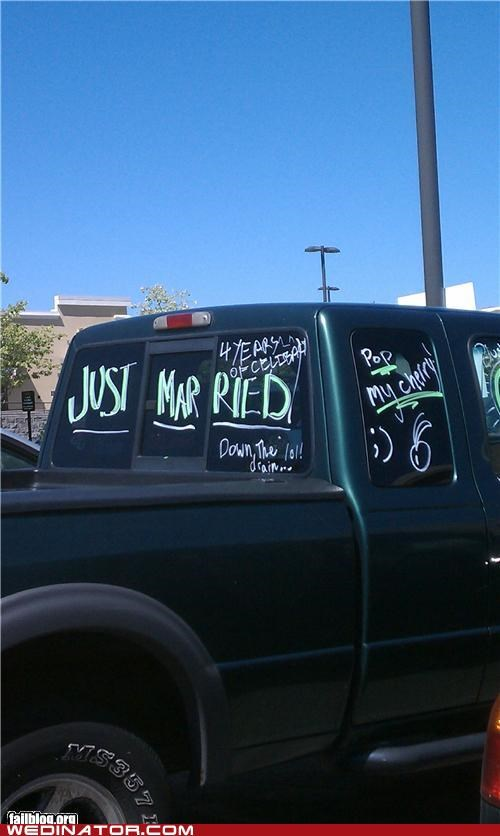 FAIL,funny wedding photos,Just Married,truck