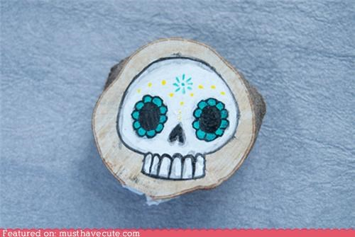 brooch Day Of The Dead hand painted pin skull sugar skull wood - 5050622208