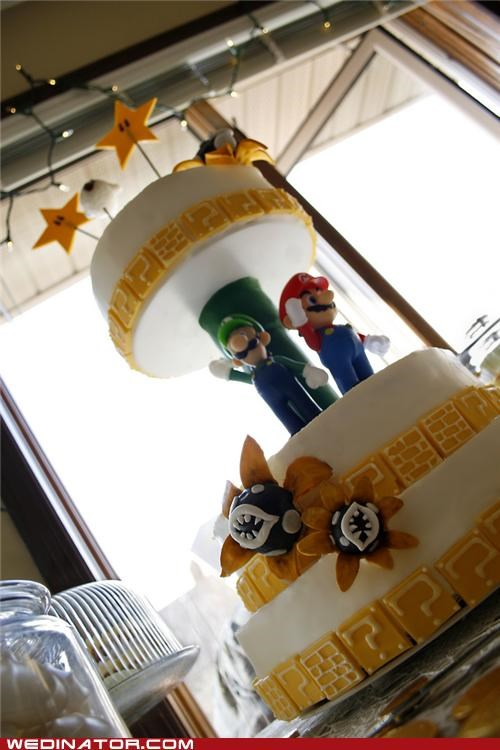 funny wedding photos,geek,super mario cake,wedding cakes