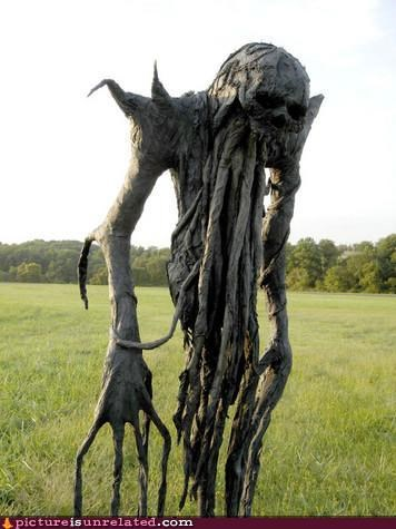creepy,scarecrow,tree,wtf