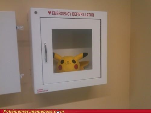 defibrillator emergency heart attack IRL pikachu shock - 5065023488