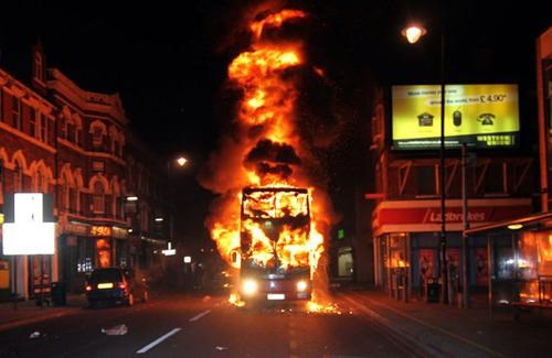2011 London Riots This x That - 5066328576