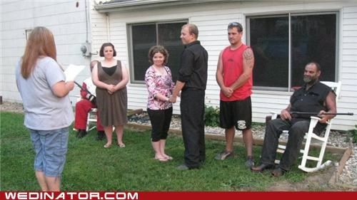 backyard,funny wedding photos,shotgun