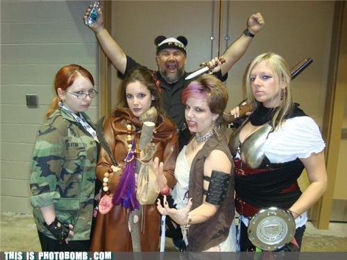 cosplay,costume,creepy guy,girls