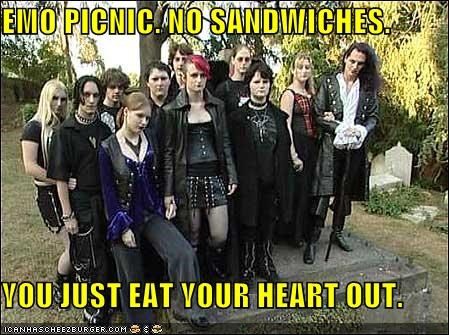 eating,hearts,sandwiches,spices,yum