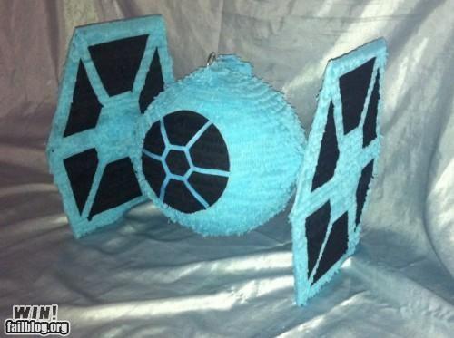 nerdgasm Party pinata star wars tie fighter - 5107261184