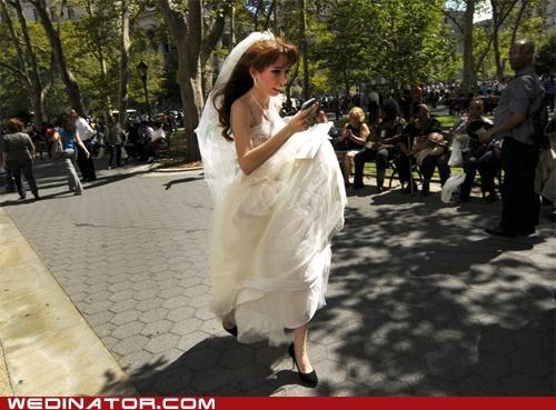 bride earthquake funny wedding photos - 5126592768