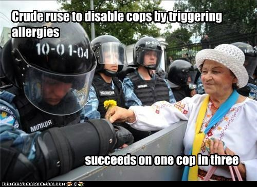 allergies cops dandelions police protesters Pundit Kitchen riot gear russia - 5127725568