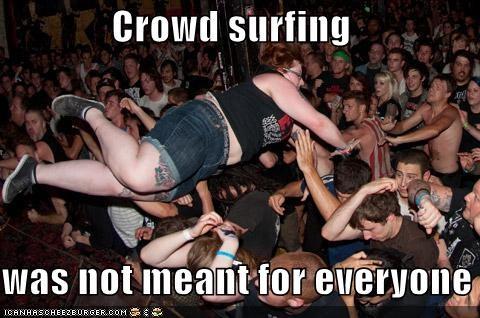 crowd surfing huge weird kid wtf - 5130007552