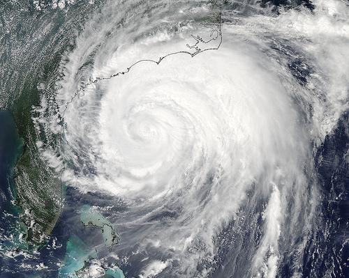 Breaking News hurricane irene - 5135053312