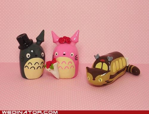 cake toppers,funny wedding photos,totoro