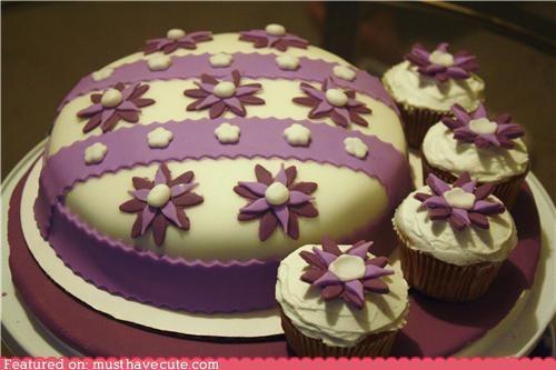 cake cupcakes epicute flowers fondant frosting purple ribbon - 5158634240