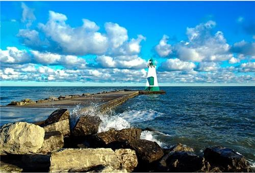 blue,Canada,clouds,great lakes,horizon,lighthouse,north america,ontario,port dalhousie,user submitted,water