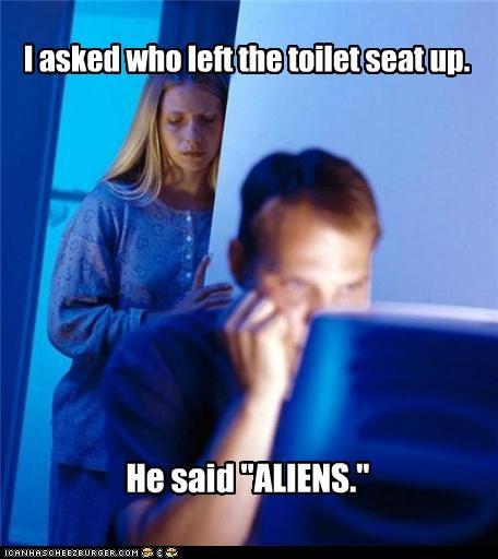 Aliens Internet Husband marriage toilet seat - 5195304704