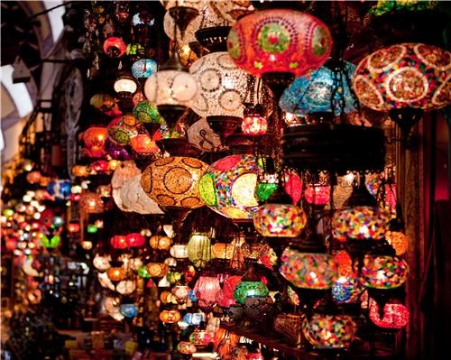 bright colors,getaways,grand bazaar,istanbul,lamps,lanterns,mediterranean,southwest asia,Turkey,vivid colors