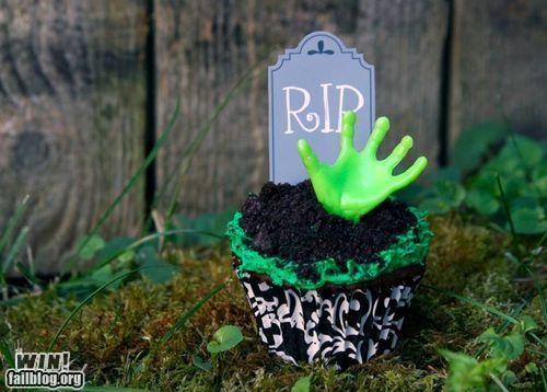cupcake dessert food horror treat zombie zombie apocalypse - 5209982464