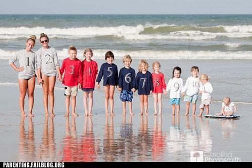 family photo on the beach so many children - 5217457152
