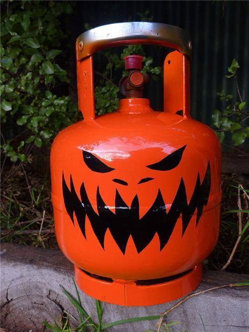 daily diy,DIY,jack-olantern,propane tank,pumpkins