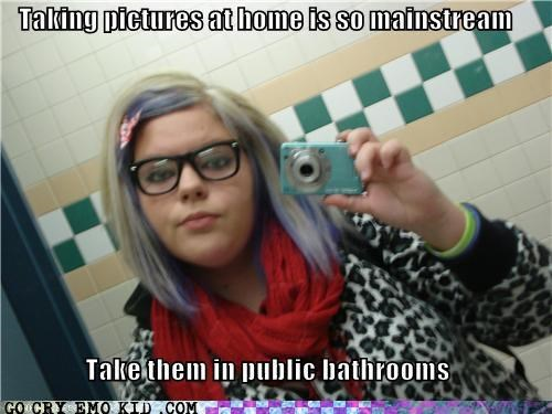 bathrooms pics profile weird kid - 5223148800