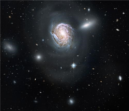 coma cluster,cosmic getaway of the week,galaxies,galaxy,getaways,hubble,hubble space telescope,long exposure,ngc 4911