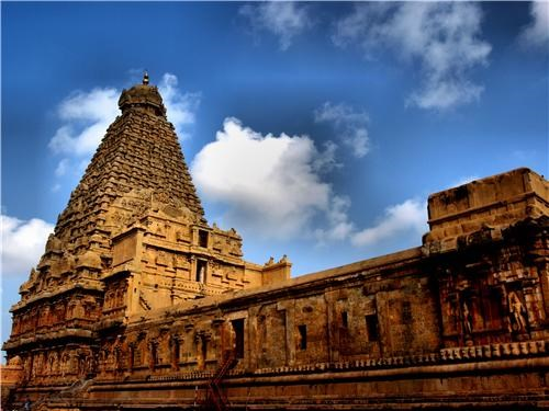 architecture asia clouds getaways india tanjore temple temple - 5234114560