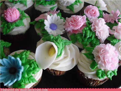 cupcakes epicute flowers fondant frosting garden - 5238786304