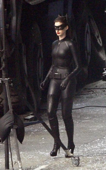 anne hathaway,batman,catwoman,movies