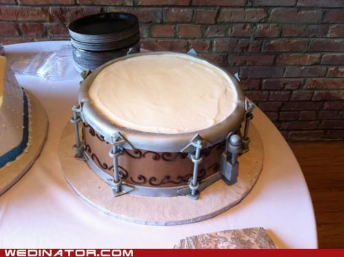 funny wedding photos,snare drum,wedding cake