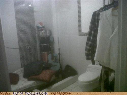 bathroom bedroom roommates - 5251390976