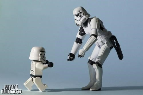 daaawww nerdgasm parenting star wars stormtrooper toy - 5252737280