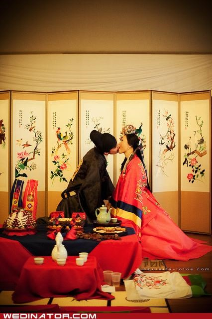 bride,funny wedding photos,groom,korean,traditional