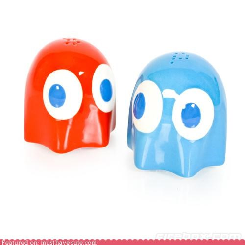 ghost,pac man,pepper,salt,salt and pepper shakers