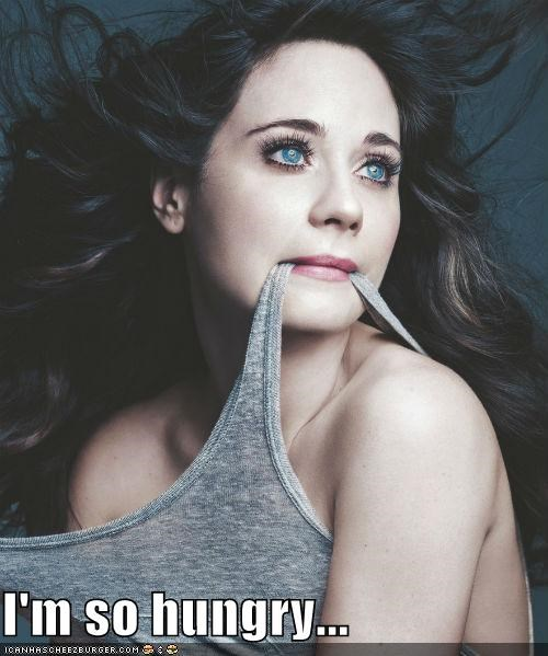 actress,clothing,eating,food,hungry,im-so-hungry,noms,roflrazzi,tank top,zooey deschanel
