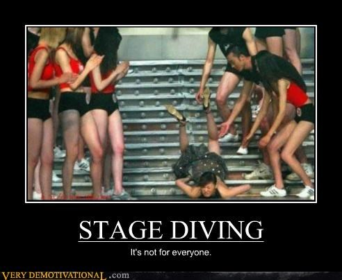 bad idea hilarious stage diving wtf - 5299142912