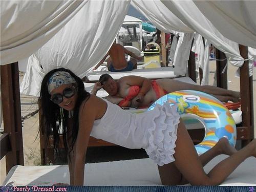beach bikini photobomb posing swimsuit - 5306370048