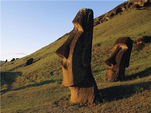 easter island,getaways,hillside,moai,statue
