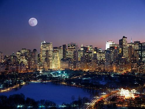 city,city scape,getaways,Hall of Fame,manhattan,moonrise,new york,new york city,night,night photography,north america,united states,user submitted