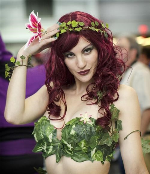 cosplay cosplay corner new york comic con NYCC nycc 2011 photos poison ivy superheroes