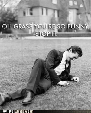 actor,actors,flirt,grass,hilarious,joke,joking,Joseph Gordon-Levitt,laughing,you so funny,youre-so-funny