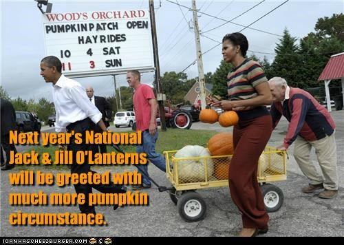 barack obama,halloween,Michelle Obama,political pictures,pumpkins