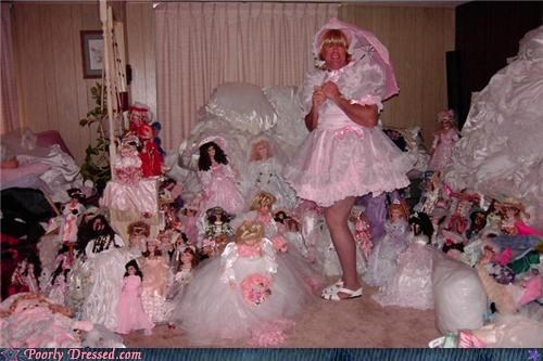 creepy outfits,dolls,too much pink
