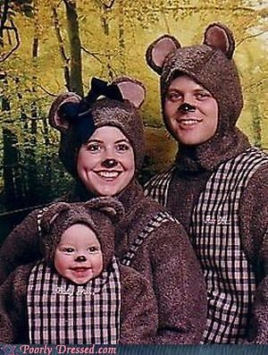 bear costumes,family photos,regret