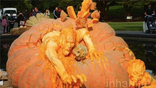 pumpkins,pumpkin carving,ray villafane,worlds-largest-pumpkin,zombie