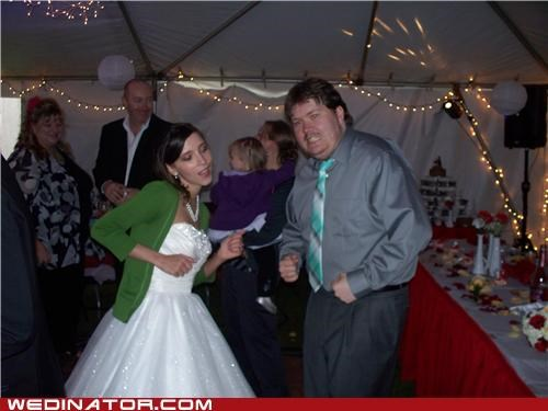 bride,dance,funny wedding photos,painful,photobomb