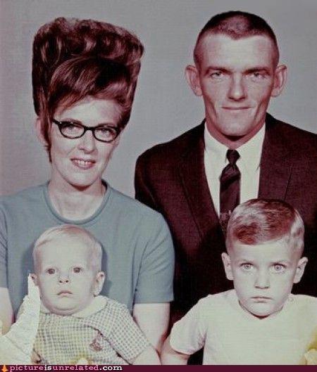 creepy family wtf - 5359448832