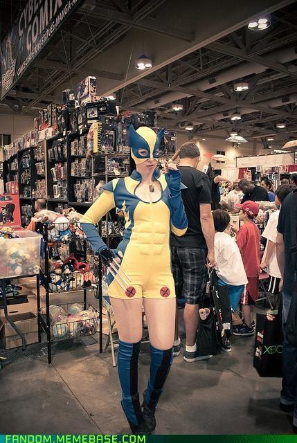 cosplay FanExpo Canada genderswap nice abs wolverine - 5360982016